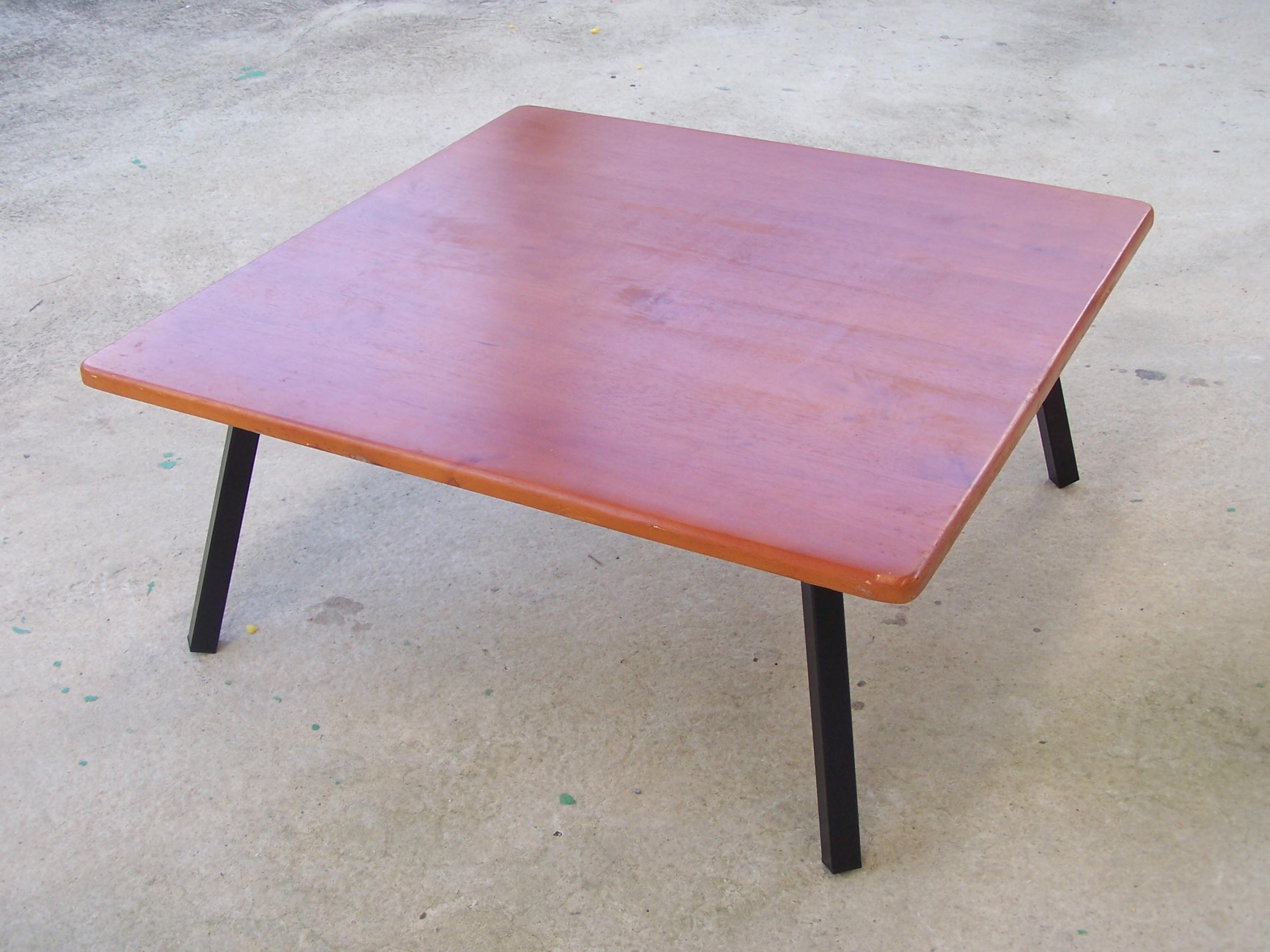 โต๊ะญี่ปุ่น หน้าไม้ยางพารา ทำสี