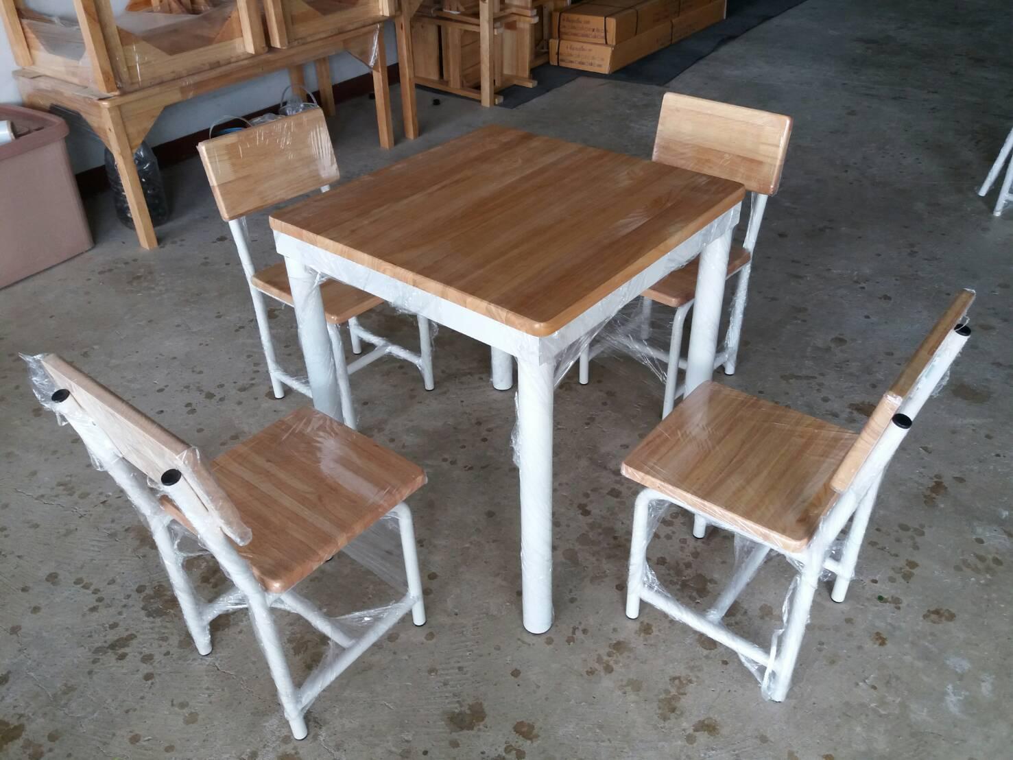 โต๊ะ กลุ่ม อนุบาล หน้าไม้ยางพารา 60*60 *65ซม
